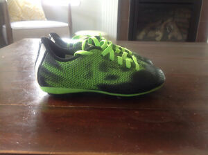 Boys Adidas Soccer Cleats Size 11