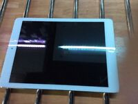 "Apple iPad 5 air white 9.7"" screen with Retina display 16gb wifi & 4G"