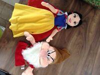 Disney Snow White and Grumpy puppet