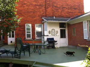 Charming one bedroom in south ward Gananoque
