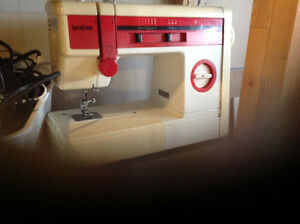 BROTHER  Sewing Machine Cambridge Kitchener Area image 1