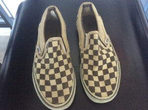 Vans shoes size 5