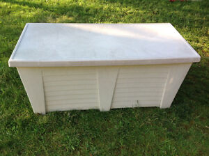 """Gracious Living"" STORAGE BOX 46""L  x 21""D  x 21""H - HARD PVC"