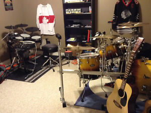 Drummer looking for band to play with Stratford Kitchener Area image 1