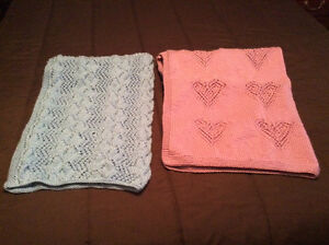 New knitted baby blankets
