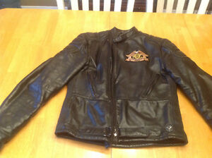 Woman's Harley Davidson leather Biker Jacket Size Small
