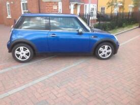 Mini 2006 Mini 1.6 One panaramic Roof alloys fsh mot.