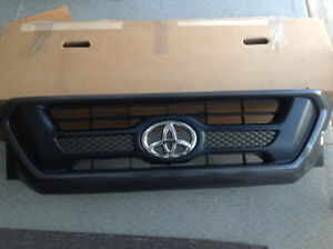Toyota Tundra / Tacoma SR5 from grille assembly- multi year