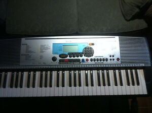 Yamaha PSR-225 GM Keyboard