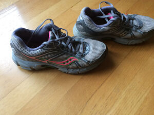 Saucony ladies running sneakers size 9.5