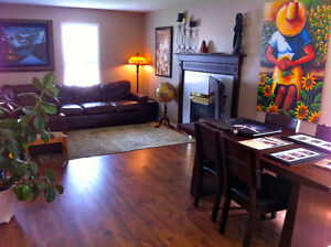 5 BEDROOM FAMILY HOME IN HIGH RIVER **AVAILABLE IMMEDIATELY**