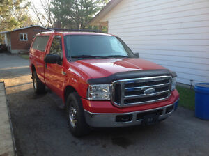 2005 Ford F-350 XLT Camionnette