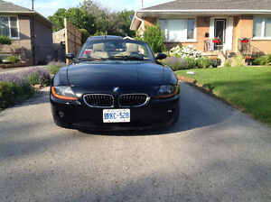 2003 BMW Z4 2.5i Coupe (2 door)