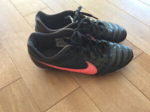 Chaussures Nike  soccer
