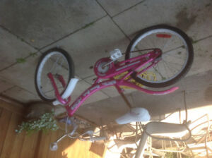 Girls pink soda pop bike