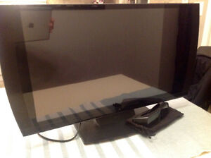 PlayStation 3D Tv. 24 inch with glasses.