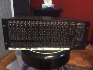 Roland M-160 rack mount line mixer