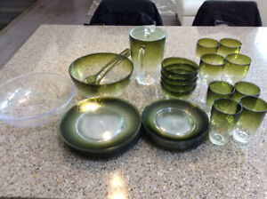 Pretty summer outdoor dishes