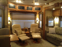 3370RL Bighorn fifth wheel