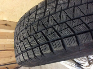 4 Bridgestone Blizzak Winter tires for Hyundai on rims