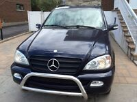 Mercedes-Benz ML-350 nego *full equip*