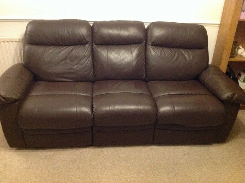 3 Seater Chocolate Brown Faux Leather Recliner Sofa In Chelmsford