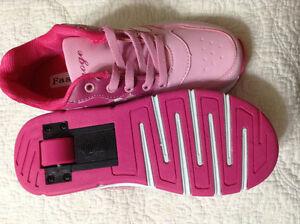 Girls heelies- one wheeled shoes