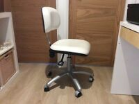 Salon chair white