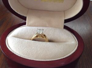 Beautiful Glacier Fire Canadian Diamond Ring