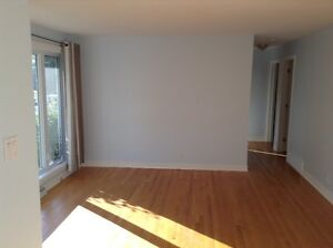 Ready to be moved in- house for sale by owner-Pointe-Claire West Island Greater Montréal image 3