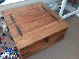 Sheesham jali treasure chest coffee table