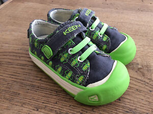 Boys Keen Canvas Shoes - Toddler Size 6