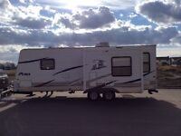 Puma 30 foot camper used 14 nights only