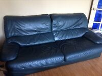 Sofa en cuir/ leather couch