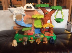 Little People Talking Zoo