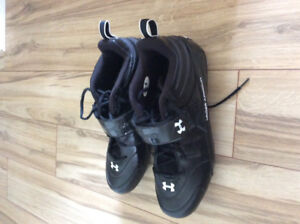 Size 14 Under Armour Football cleats