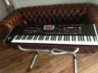 KORG PA4X V2 Mint Condition 6 Months Old ,