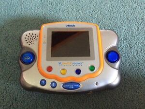 V.Smile Learning system lot (vtech) Sarnia Sarnia Area image 9