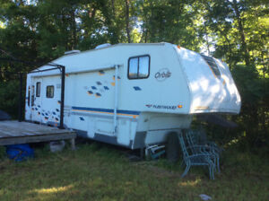 2005 fleetwood 5th wheel