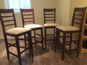 4 hightop bar chairs