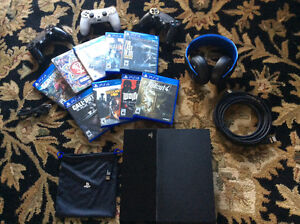 PS 4, 3 controller(1 modded), 8 games, wireless gold headset