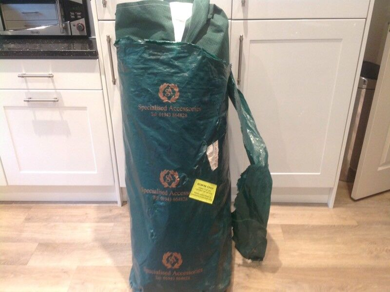 Quality caravan cover suit approx 5.5 metre cabin excluding a frame