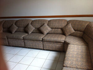 8 pieces sectional couch Windsor Region Ontario image 9