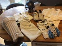 Cricket kit age 10-12