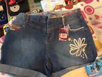 Joe Brown Denim Shorts Size 18 BNWT
