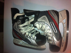 Bauer Vapor x1.0 size 13 youth