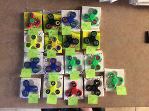 Fidget spinners INSTOCK $10 or 2/$15 regular size