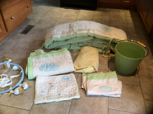 Pottery barn crib bedding and accessories *Gender neutral*