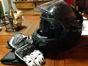 Motorcycle Helmet (REDUCED) and Gloves