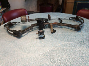 Used MATHEWS MONSTER McPerson series Compound Bow for SALE